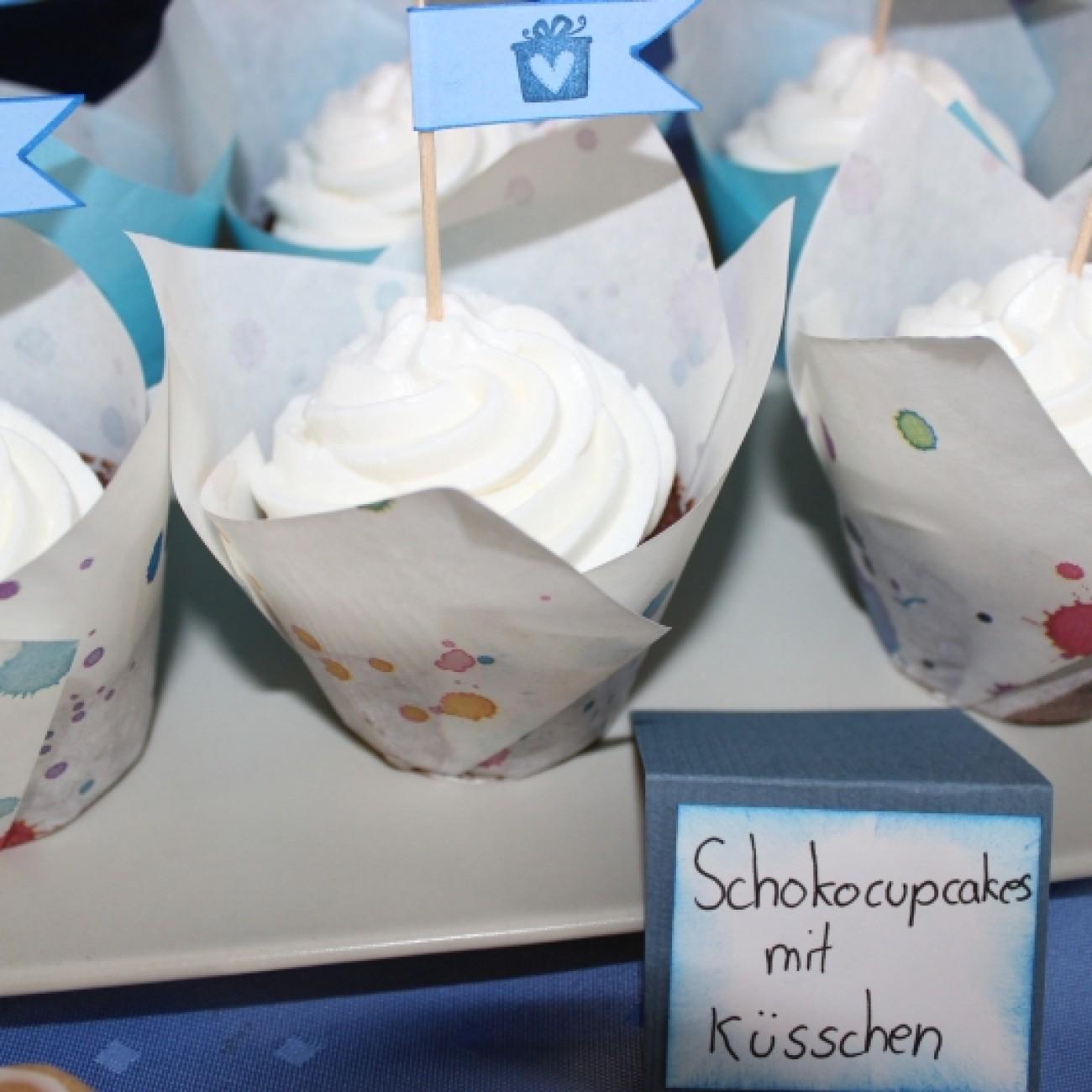 Schokocupcakes mit Küsschen