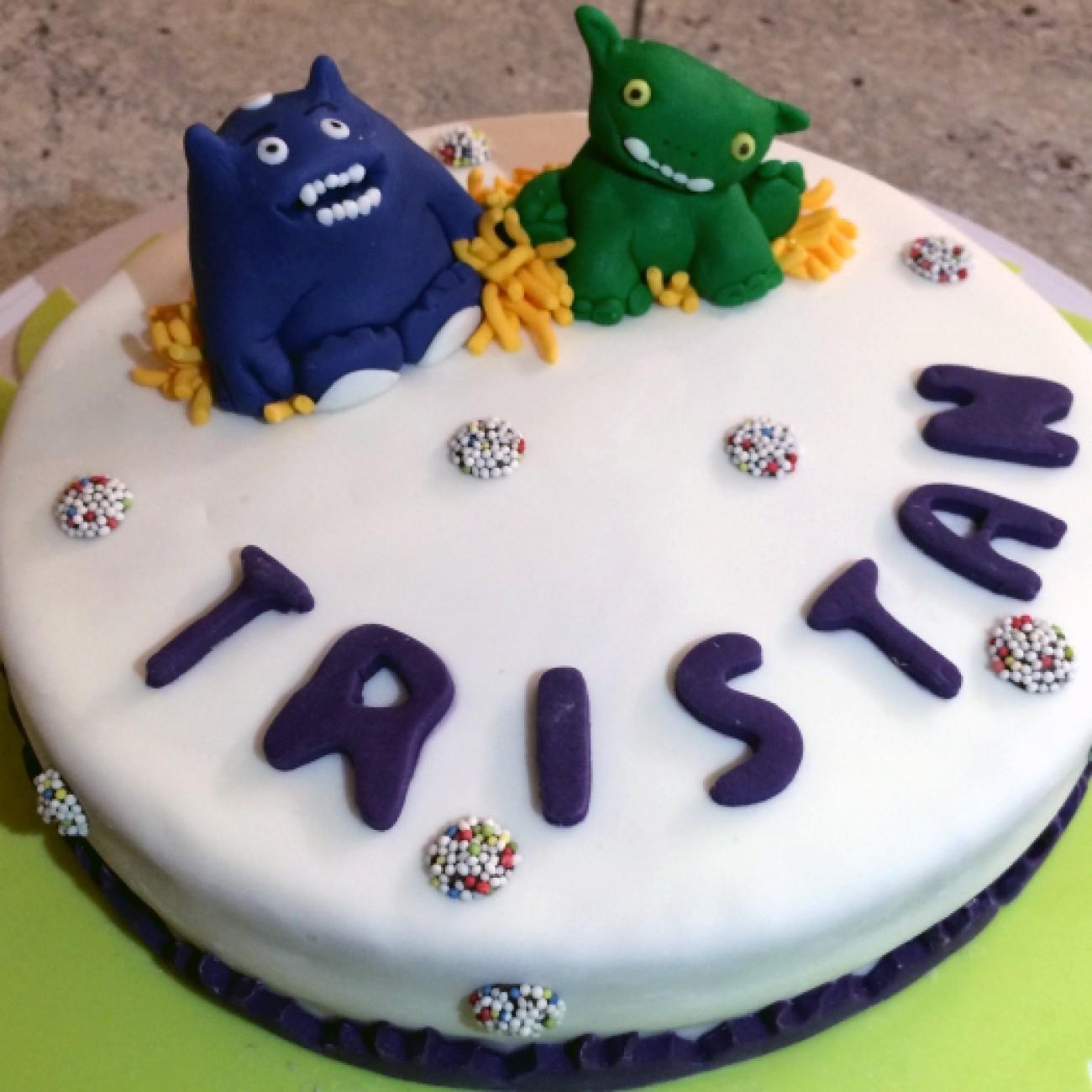 Möhren-Haselnuss Torte